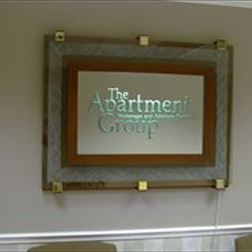Glass Sign - Apartment